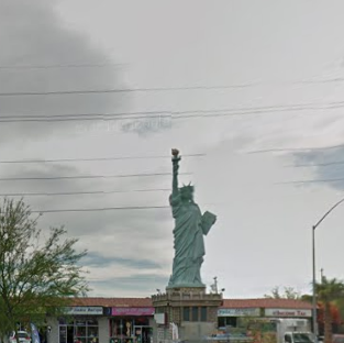Statue of liberty by planetevegas