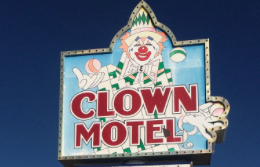 CLOWN HOTEL TONOPAH BY PLANETEVEGAS